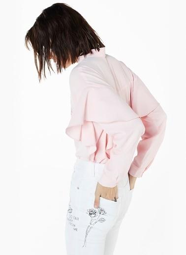 Omuzları Fırfırlı Boncuklu Gömlek-Twist